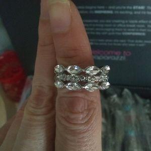 Rhinestones ring